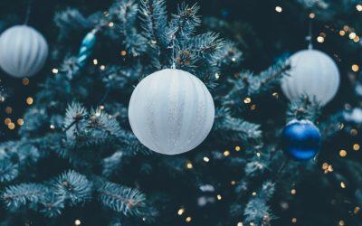 Christmas Legends: Christmas tree and mistletoe!